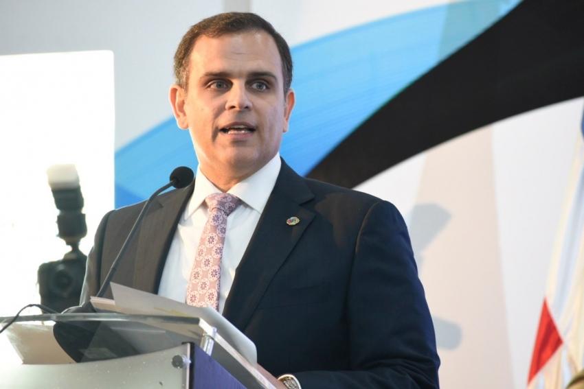 Jochi Vicente, afirma deuda pública superaría el 50 % del PBI en presupuesto complementario
