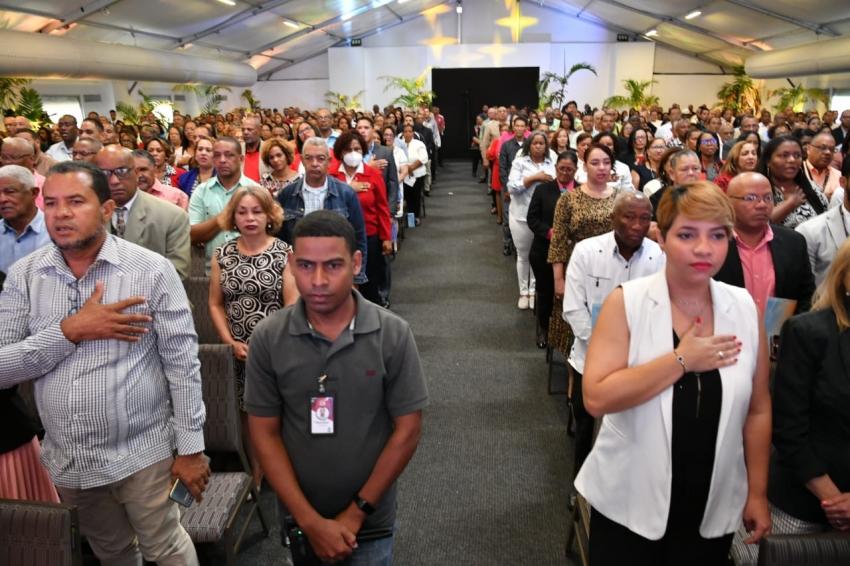 MESCYT, UNICARIBE y la UAPA firman convenio para la formación de 1,000 docentes