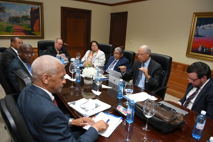 Comisión Bicameral escucha a universidades en torno a Proyecto de Ley de Cualificaciones de la República Dominicana